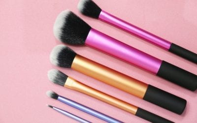 The Must Have Guide To Cleaning Make Up Brushes