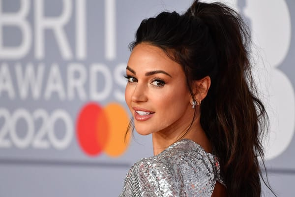 From the Oscars to the Brits. The best beauty looks and tips to achieve the looks.